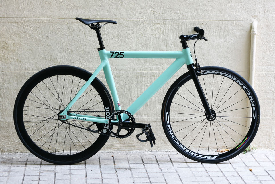 Leader 725 complete – 48x17 cycles