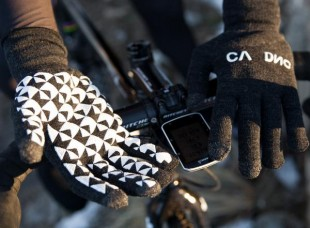Cadence Digits gloves